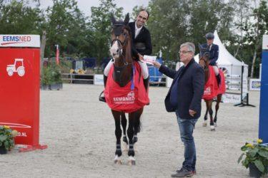 Ernesto Canseco met Gullit HBC winnaar Grote Prijs Tolbert!